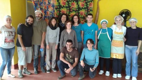 Participantes do encontro na chácara da família Marfil